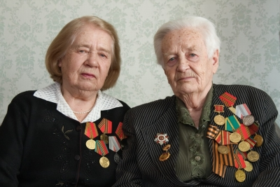 Two sisters veterans of war